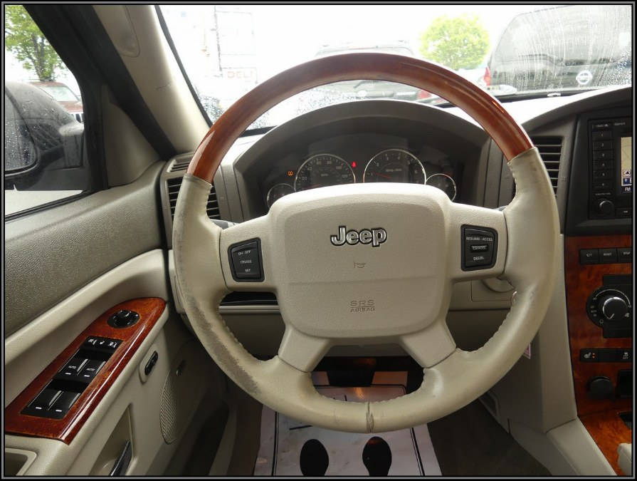 2007 Jeep Grand Cherokee 4WD 4dr Overland, available for sale in Huntington Station, New York | My Auto Inc.. Huntington Station, New York