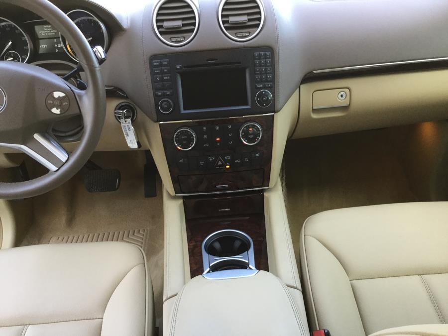 2011 Mercedes-Benz GL-Class 4MATIC 4dr GL450, available for sale in Plantsville, Connecticut | L&S Automotive LLC. Plantsville, Connecticut