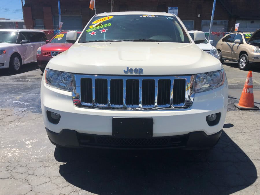 Used 2011 Jeep Grand Cherokee in Bridgeport, Connecticut | Affordable Motors Inc. Bridgeport, Connecticut