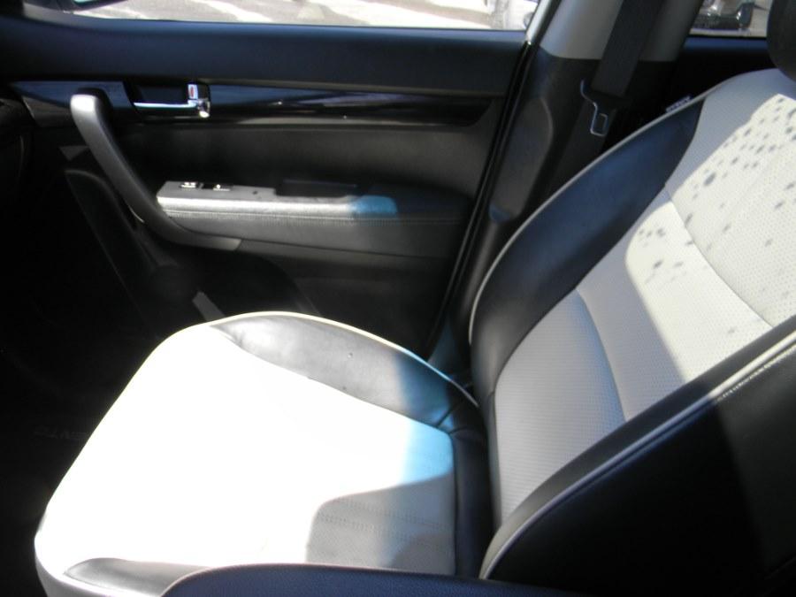 2012 Kia Sorento AWD 4dr V6 SX, available for sale in Southborough, Massachusetts   M&M Vehicles Inc dba Central Motors. Southborough, Massachusetts
