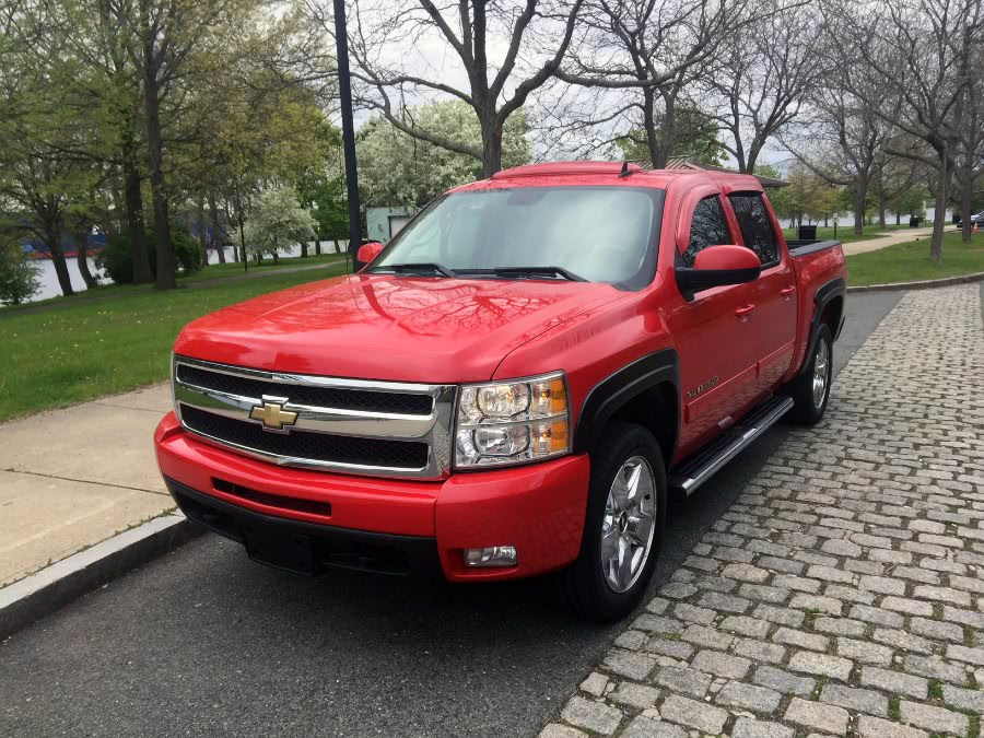 Used 2010 Chevrolet Silverado 1500 in Chelsea, Massachusetts | New Star Motors. Chelsea, Massachusetts