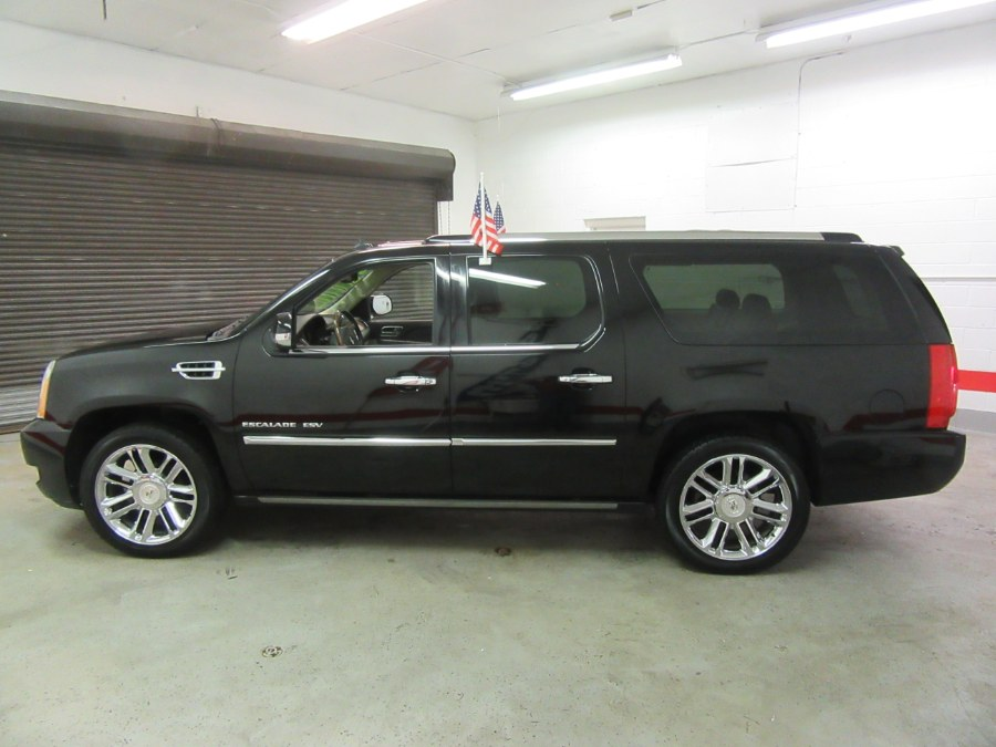 2011 Cadillac Escalade ESV AWD 4dr Platinum Edition, available for sale in Little Ferry, New Jersey | Royalty Auto Sales. Little Ferry, New Jersey