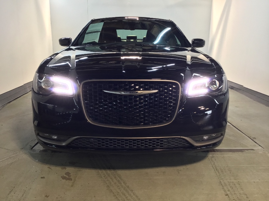 2017 Chrysler 300 300S Alloy Edition AWD, available for sale in Lodi, New Jersey | European Auto Expo. Lodi, New Jersey