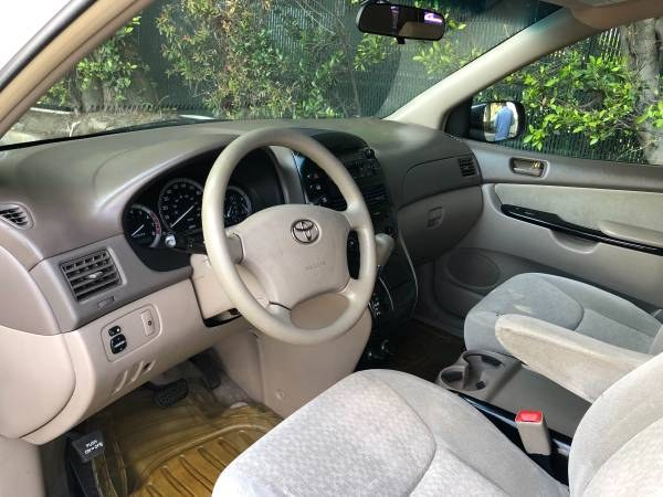 2005 Toyota Sienna 5dr CE FWD 7-Passenger (Natl), available for sale in Orange, California   Carmir. Orange, California