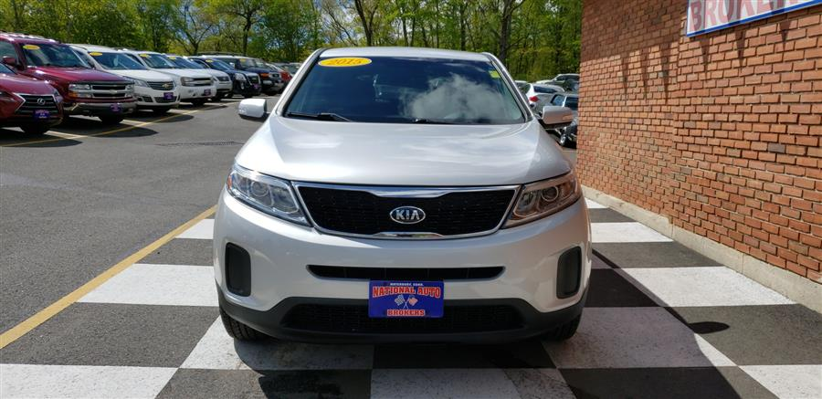 2015 Kia Sorento 2WD 4dr  LX, available for sale in Waterbury, Connecticut | National Auto Brokers, Inc.. Waterbury, Connecticut