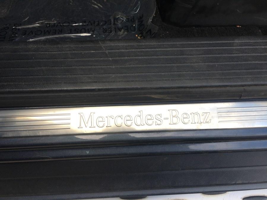 2012 Mercedes-Benz M-Class 4MATIC 4dr ML350, available for sale in Bristol, Connecticut | Bristol Auto Center LLC. Bristol, Connecticut