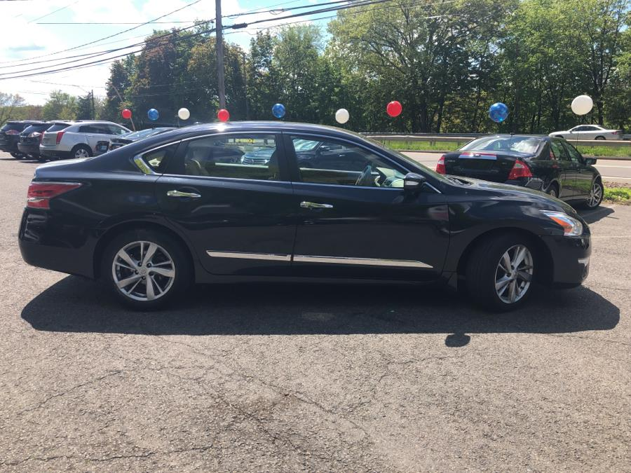 2015 Nissan Altima 4dr Sdn I4 2.5 SL, available for sale in Meriden, Connecticut | Five Star Cars LLC. Meriden, Connecticut