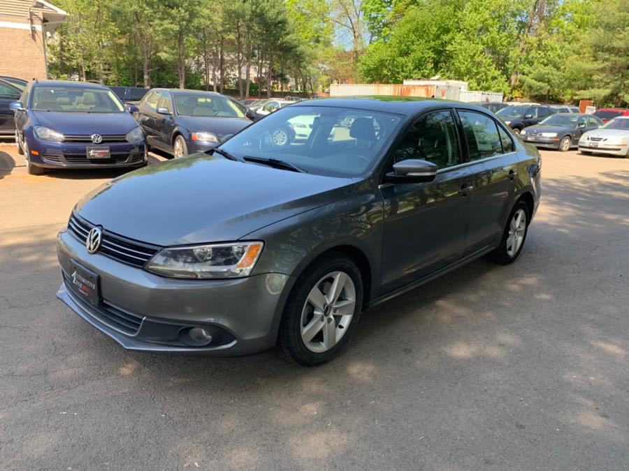 2011 Volkswagen Jetta Sedan 4dr DSG TDI, available for sale in Cheshire, Connecticut | Automotive Edge. Cheshire, Connecticut