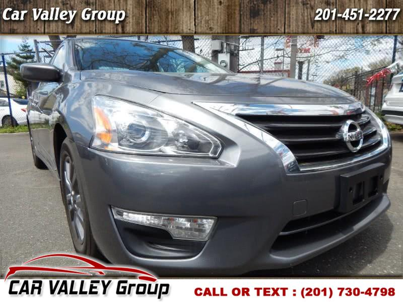 Used Nissan Altima 4dr Sdn I4 2.5 S 2015 | Car Valley Group. Jersey City, New Jersey