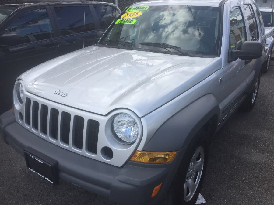 Used 2005 Jeep Liberty in Middle Village, New York | Middle Village Motors . Middle Village, New York