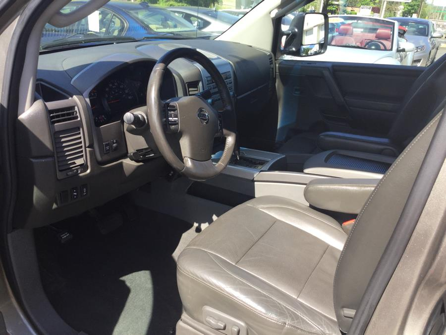 2007 Nissan Titan 4WD King Cab LE, available for sale in Plantsville, Connecticut | L&S Automotive LLC. Plantsville, Connecticut