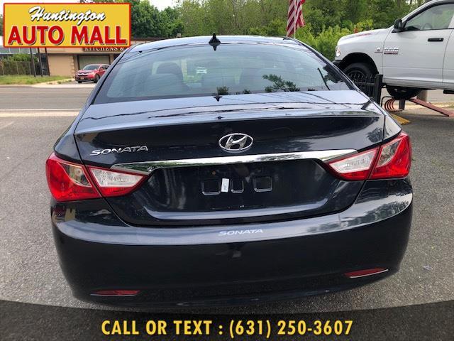2013 Hyundai Sonata 4dr Sdn 2.4L Auto GLS *Ltd Avail*, available for sale in Huntington Station, New York   Huntington Auto Mall. Huntington Station, New York
