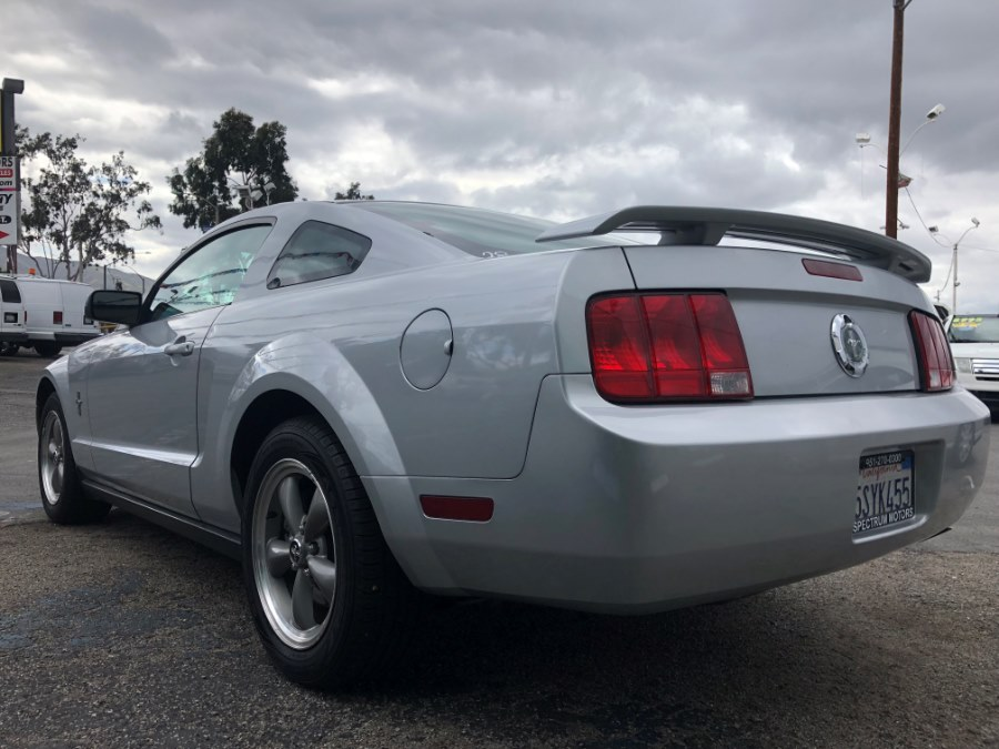 2006 Ford Mustang 2dr Cpe Standard, available for sale in Corona, California | Spectrum Motors. Corona, California