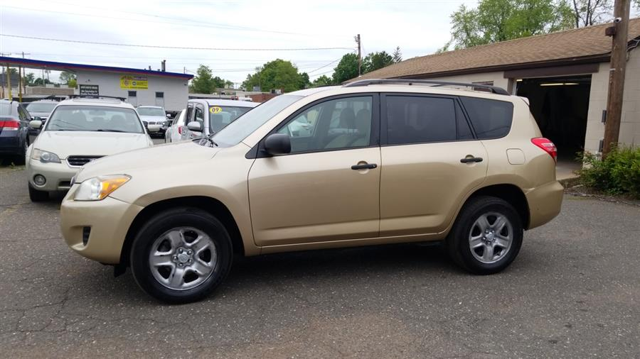2009 Toyota RAV4 4WD 4dr 4-cyl 4-Spd AT (Natl), available for sale in Manchester, Connecticut | Best Auto Sales LLC. Manchester, Connecticut
