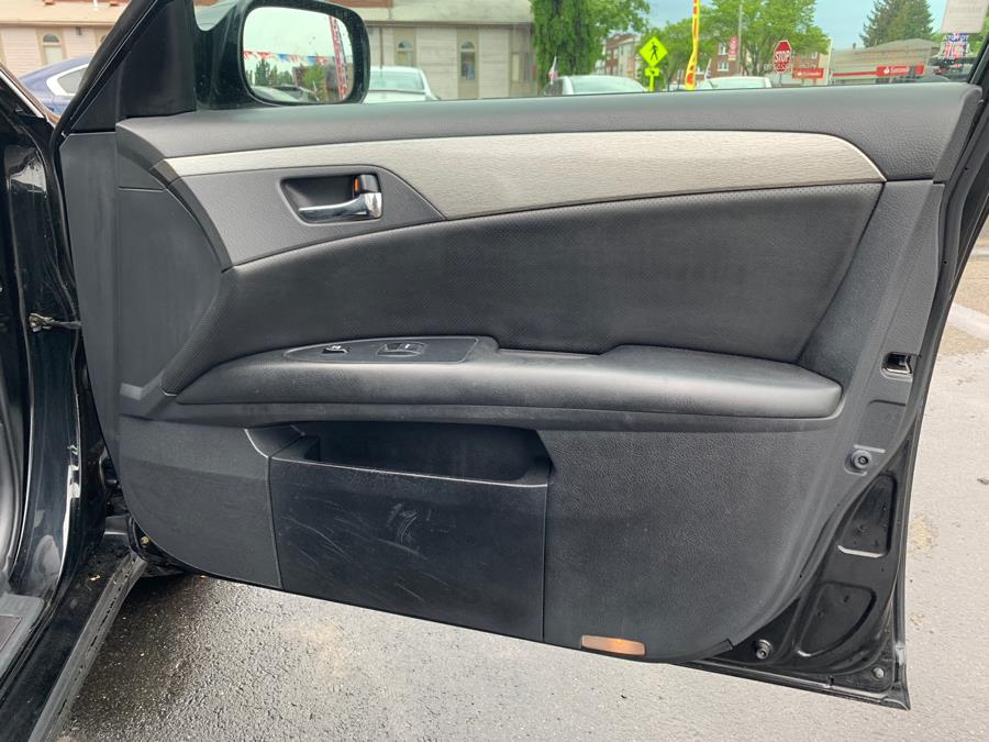 2006 Toyota Avalon 4dr Sdn Touring, available for sale in Hartford, Connecticut   Mecca Auto LLC. Hartford, Connecticut