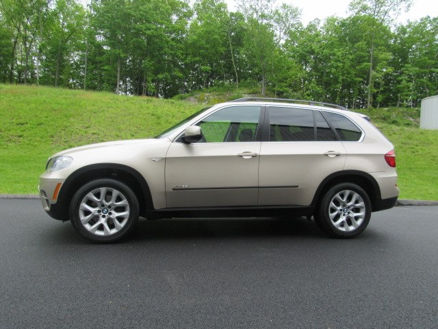 2013 BMW X5 AWD 4dr xDrive35i Premium, available for sale in Danbury, Connecticut   Performance Imports. Danbury, Connecticut