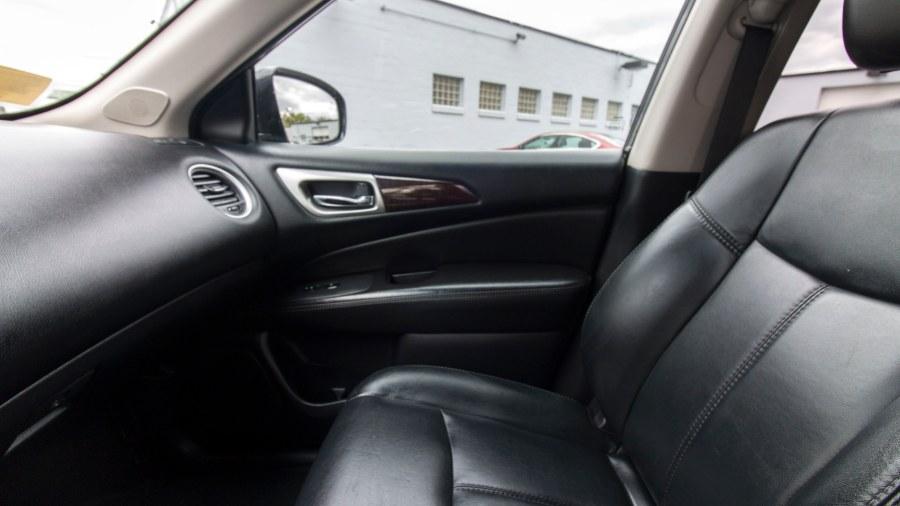 2014 Nissan Pathfinder 4WD 4dr SV, available for sale in Medford, Massachusetts | Inman Motors Sales. Medford, Massachusetts