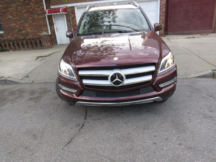 Used 2014 Mercedes-Benz GL-Class in Levittown, Pennsylvania | Deals on Wheels International Auto. Levittown, Pennsylvania