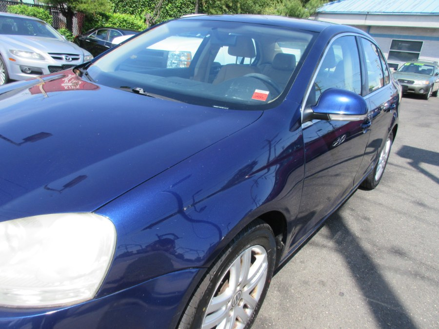 2007 Volkswagen Jetta Sedan 2.5, available for sale in Lynbrook, New York | ACA Auto Sales. Lynbrook, New York
