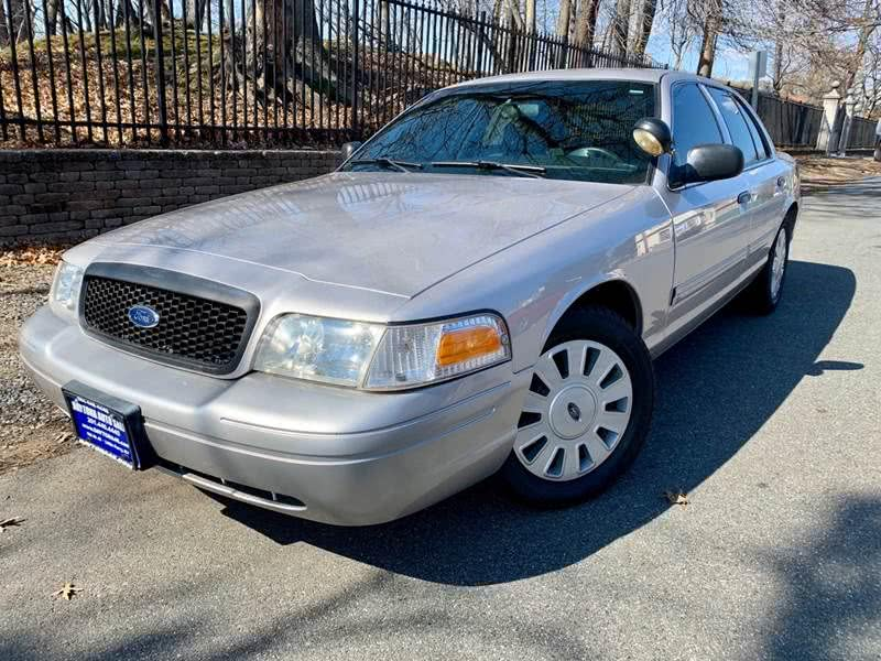 Used Ford Police Interceptor 4dr Sdn w/3.27 Axle 2010 | Daytona Auto Sales. Little Ferry, New Jersey