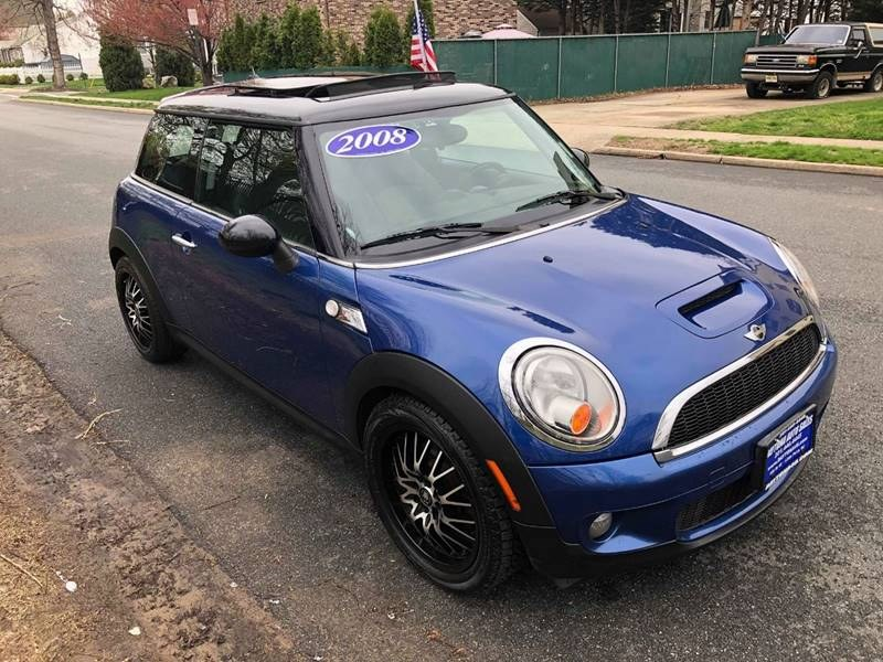 2008 MINI Cooper Hardtop 2dr Cpe S, available for sale in Little Ferry, New Jersey | Daytona Auto Sales. Little Ferry, New Jersey