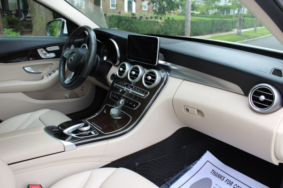 2015 Mercedes-Benz C-Class 4dr Sdn C300 Luxury 4MATIC, available for sale in Great Neck, NY