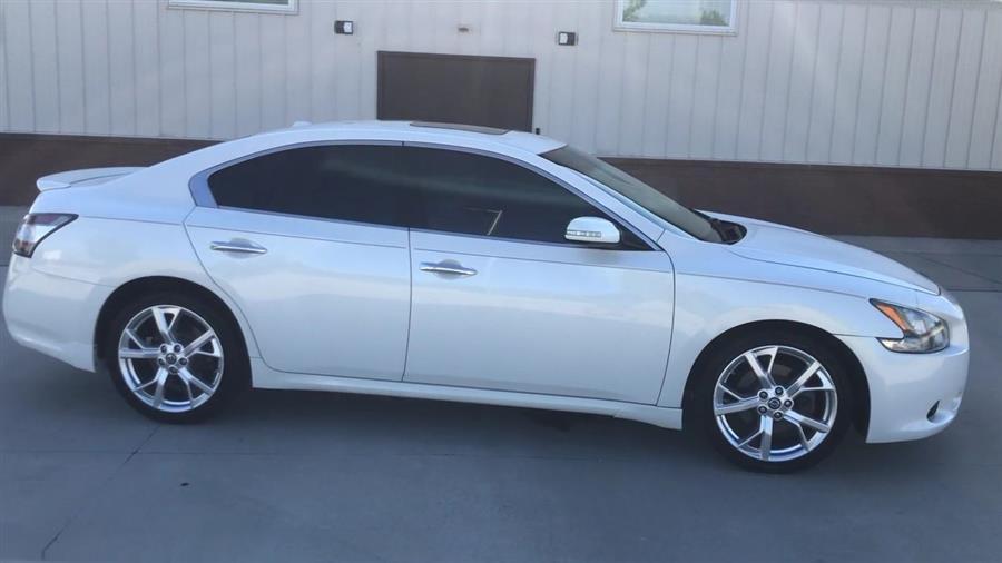 2014 Nissan Maxima 4dr Sdn 3.5 SV Premium, available for sale in Elida, Ohio   Josh's All Under Ten LLC. Elida, Ohio