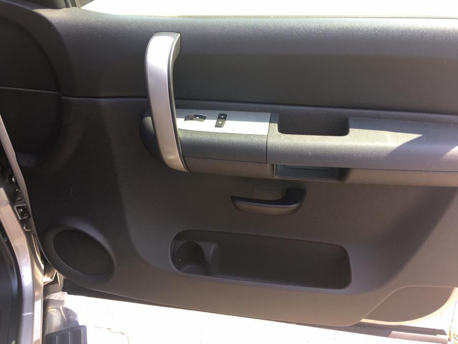 2007 Chevrolet Silverado 1500 4WD Ext Cab 143.5