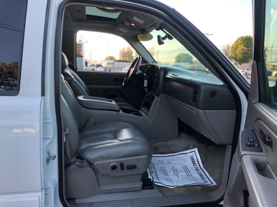 2006 Chevrolet Suburban 4dr 1500 2WD LT, available for sale in Corona, California | Spectrum Motors. Corona, California