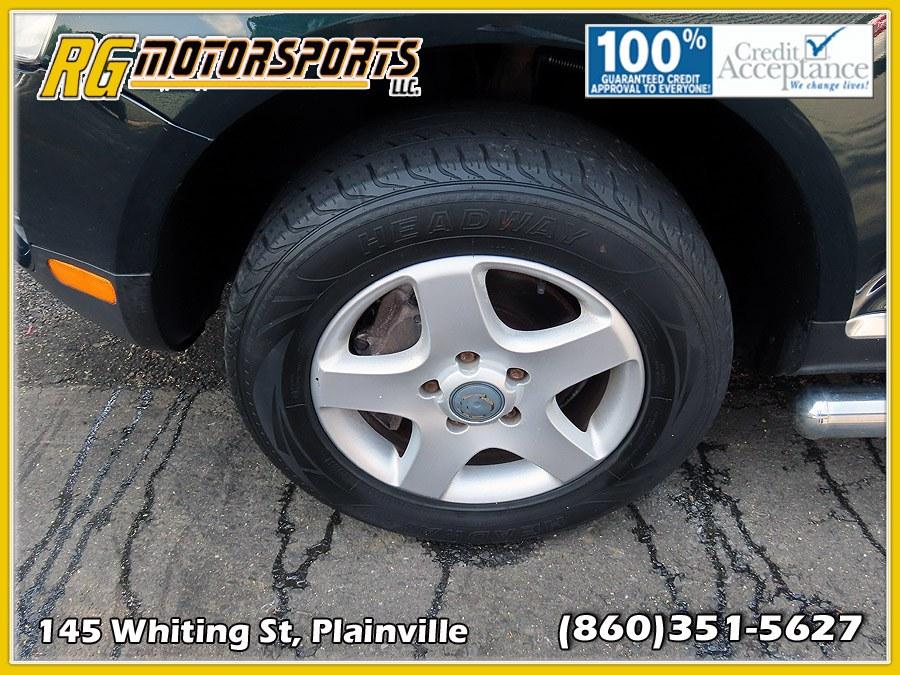2006 Volkswagen Touareg 4dr 3.2L V6 *Ltd Avail*, available for sale in Plainville, Connecticut | RG Motorsports. Plainville, Connecticut
