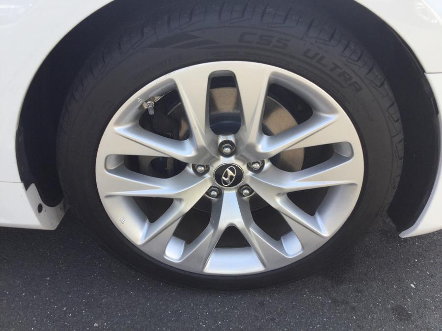 2013 Hyundai Genesis Coupe 2dr I4 2.0T Auto Premium, available for sale in Plantsville, Connecticut | L&S Automotive LLC. Plantsville, Connecticut