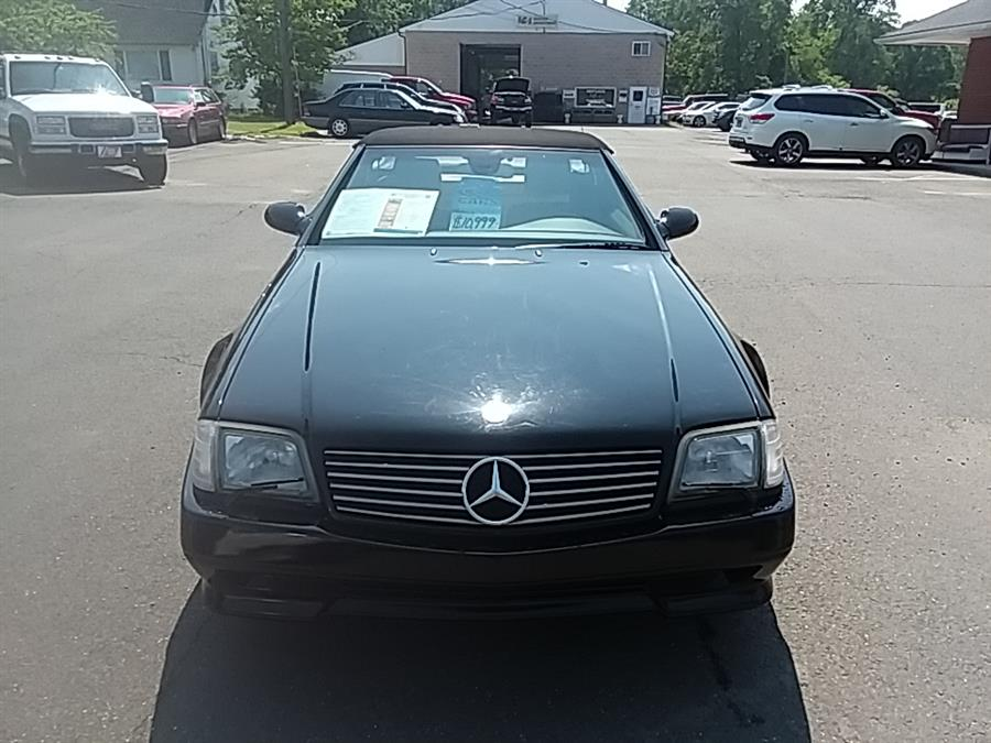 2002 Mercedes-Benz SL-Class 2dr Roadster 5.0L, available for sale in Wallingford, Connecticut | Vertucci Automotive Inc. Wallingford, Connecticut