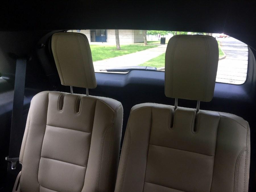 Used Ford Explorer 4WD 4dr XLT 2016 | New Star Motors. Chelsea, Massachusetts