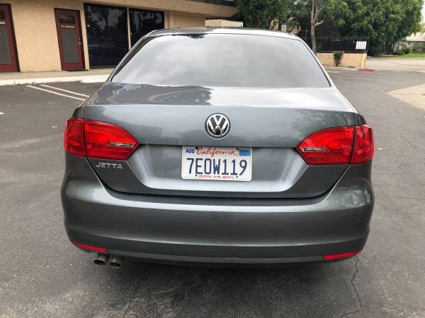 2014 Volkswagen Jetta Sedan 4dr Auto S, available for sale in Orange, California | Carmir. Orange, California