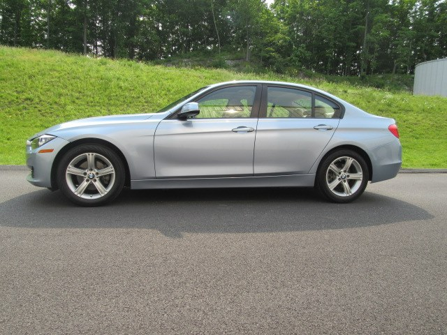 2015 BMW 3 Series 4dr Sdn 328i xDrive AWD SULEV South Africa, available for sale in North Salem, New York | Meccanic Shop North Inc. North Salem, New York