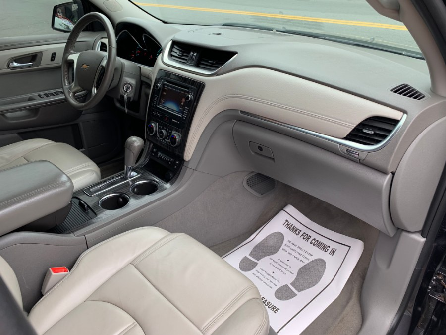 2014 Chevrolet Traverse AWD w/2LT Sunroof, available for sale in Chelsea, Massachusetts | Boston Prime Cars Inc. Chelsea, Massachusetts