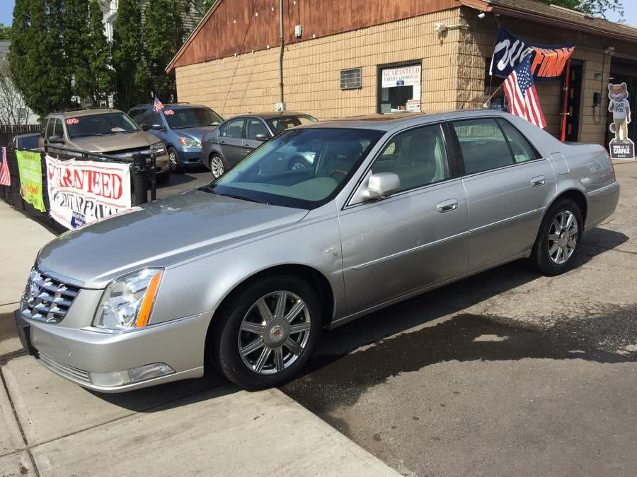 Used 2008 Cadillac DTS in Stratford, Connecticut | Mike's Motors LLC. Stratford, Connecticut