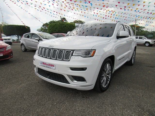 Used 2017 Jeep Grand Cherokee summit in San Francisco de Macoris Rd, Dominican Republic | Hilario Auto Import. San Francisco de Macoris Rd, Dominican Republic