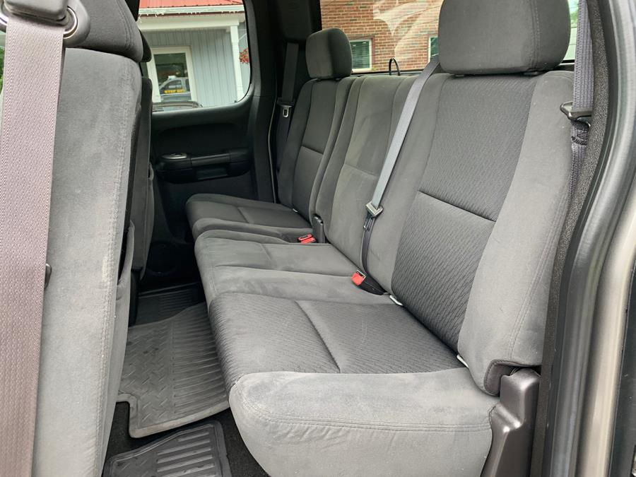2007 Chevrolet Silverado 2500HD 4WD Ext Cab 143.5