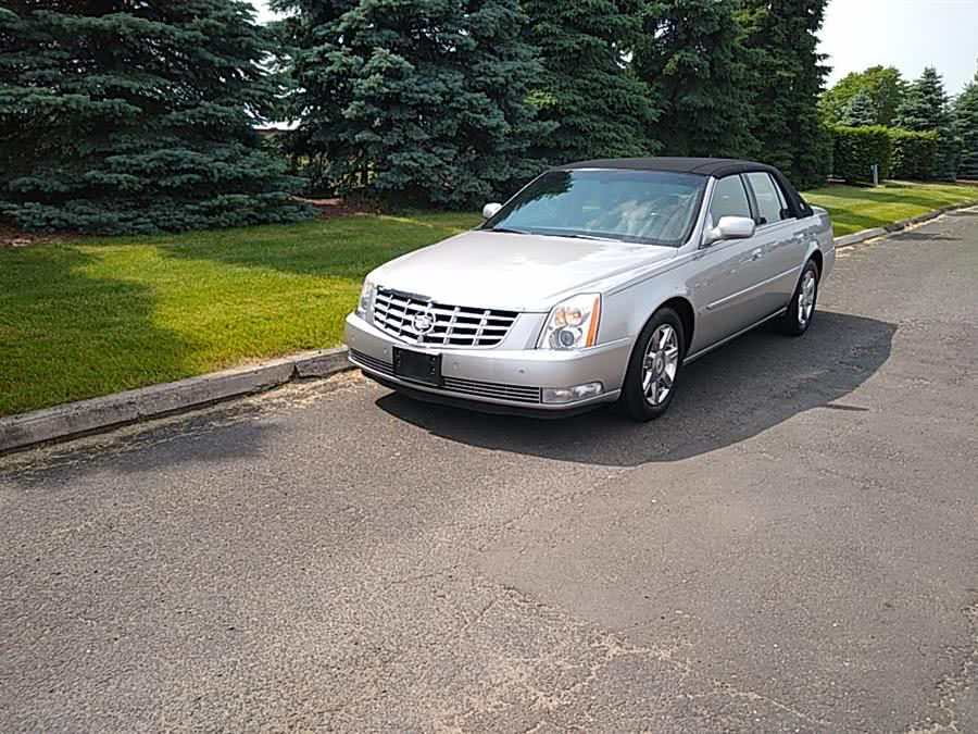 Used 2007 Cadillac DTS in Hartford, Connecticut | Main Auto Sales LLC. Hartford, Connecticut