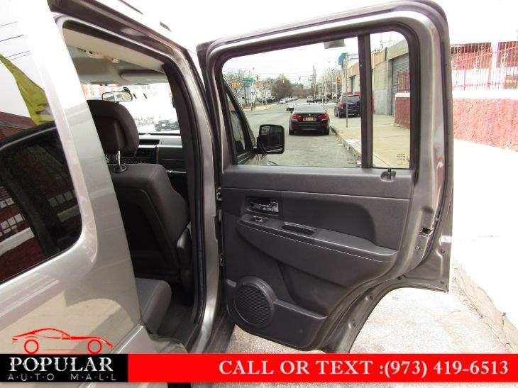 Used Jeep Liberty 4WD 4dr Sport Latitude 2012 | Popular Auto Mall Inc . Newark , New Jersey