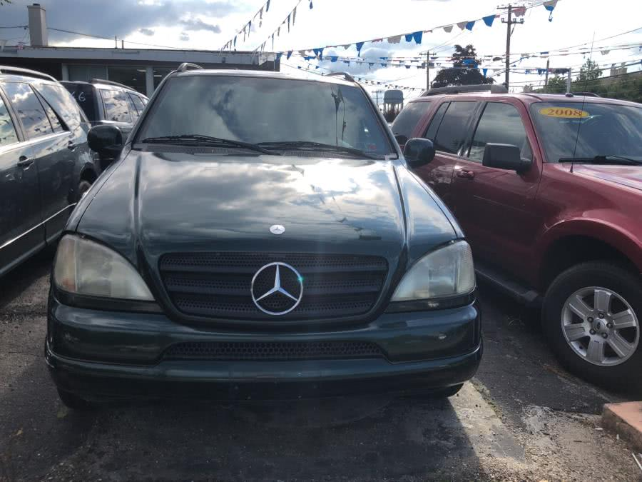 Used 2000 Mercedes-Benz M-Class in West Babylon, New York | Boss Auto Sales. West Babylon, New York