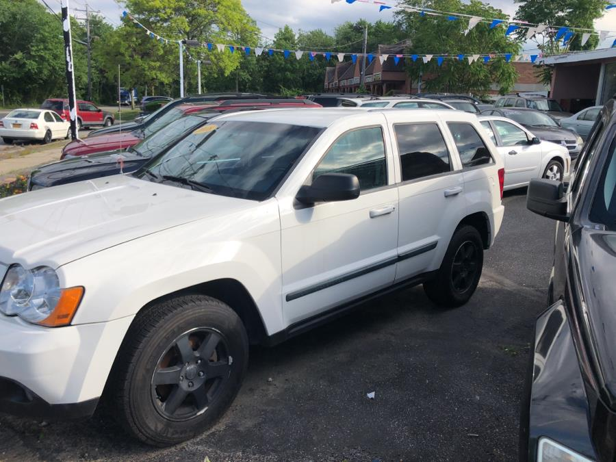 2008 Jeep Grand Cherokee 4WD 4dr Laredo, available for sale in West Babylon, New York   Boss Auto Sales. West Babylon, New York
