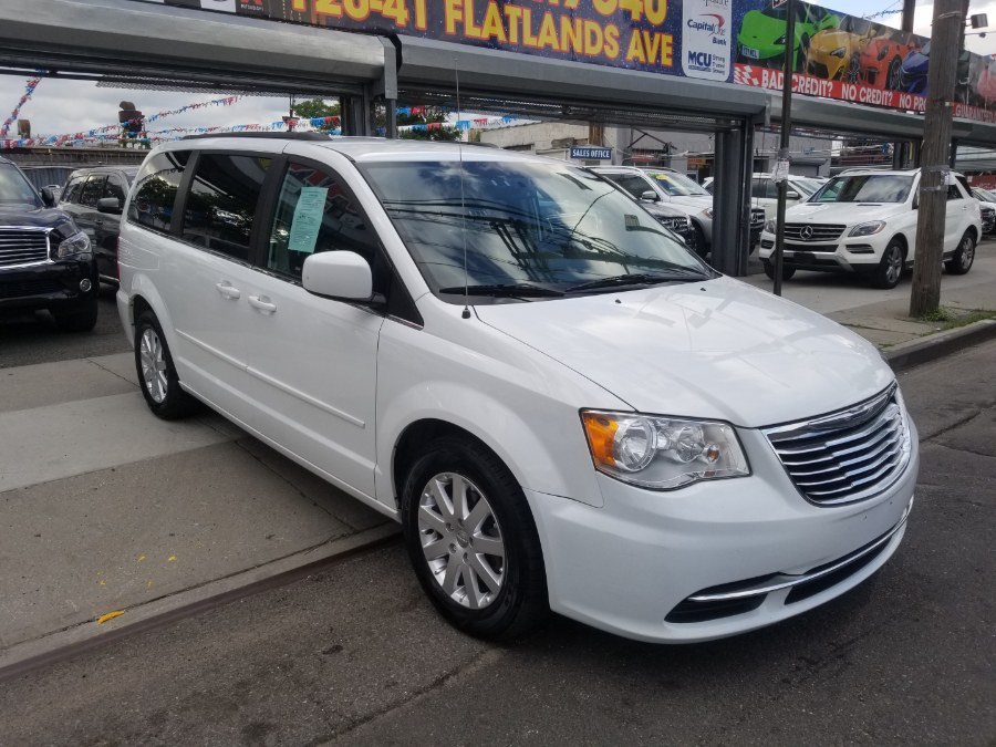 2016 Chrysler Town & Country 4dr Wgn LX, available for sale in Brooklyn, New York | NYC Automart Inc. Brooklyn, New York