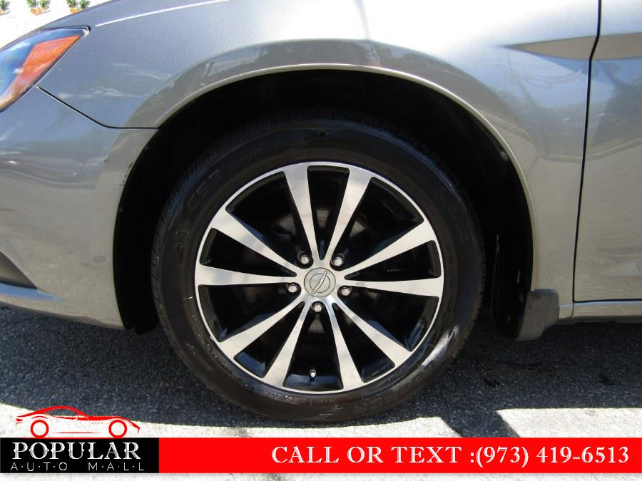 Used Chrysler 200 4dr Sdn Limited 2013 | Popular Auto Mall Inc . Newark , New Jersey