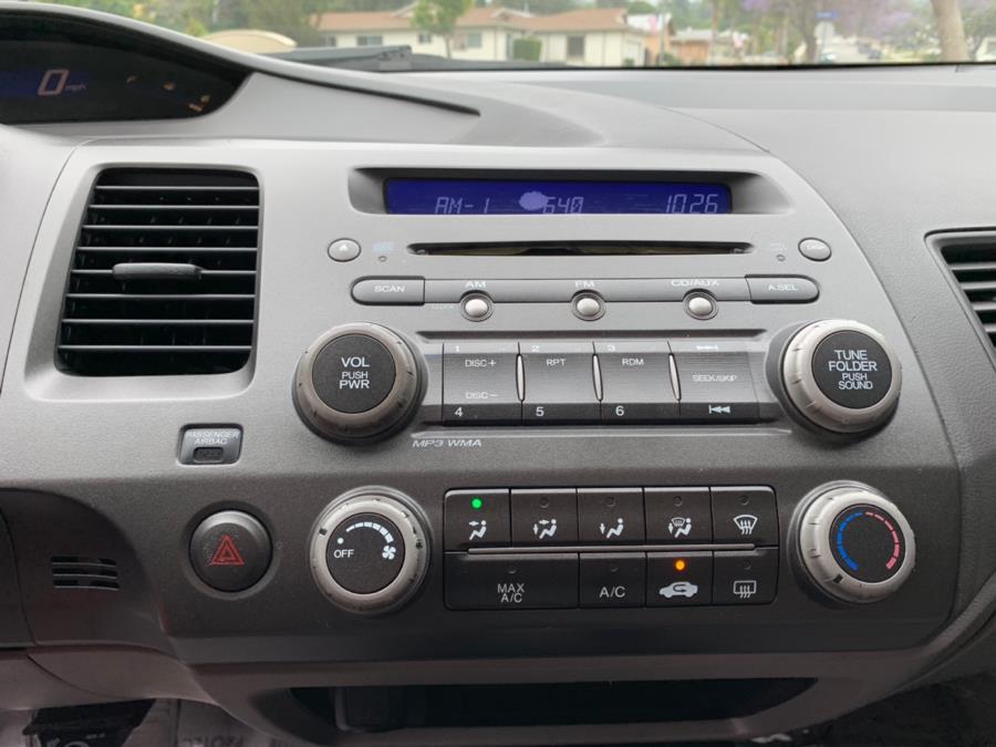 2006 Honda Civic Sdn LX AT, available for sale in Corona, California | Green Light Auto. Corona, California