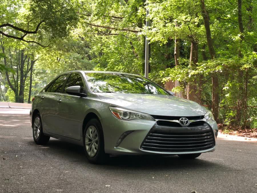 Used Toyota Camry 4dr Sdn I4 Auto LE (Natl) 2016 | Sports & Imports Auto Inc. Brooklyn, New York