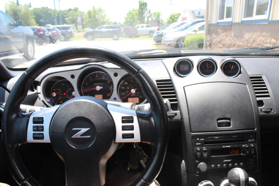 2006 Nissan 350Z 2dr Cpe Touring Auto, available for sale in East Windsor, Connecticut | Century Auto And Truck. East Windsor, Connecticut