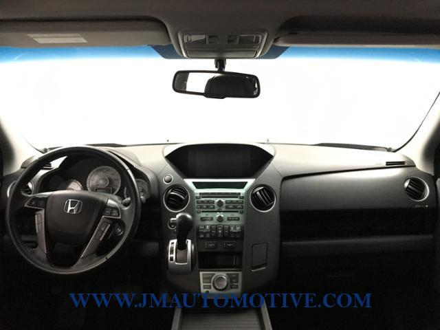 2011 Honda Pilot 4WD 4dr Touring w/RES & Navi, available for sale in Naugatuck, Connecticut | J&M Automotive Sls&Svc LLC. Naugatuck, Connecticut