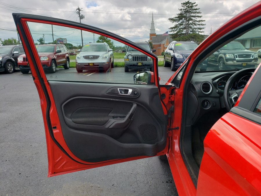 2015 Ford Fiesta 4dr Sdn SE, available for sale in West Chester, Ohio | Decent Ride.com. West Chester, Ohio
